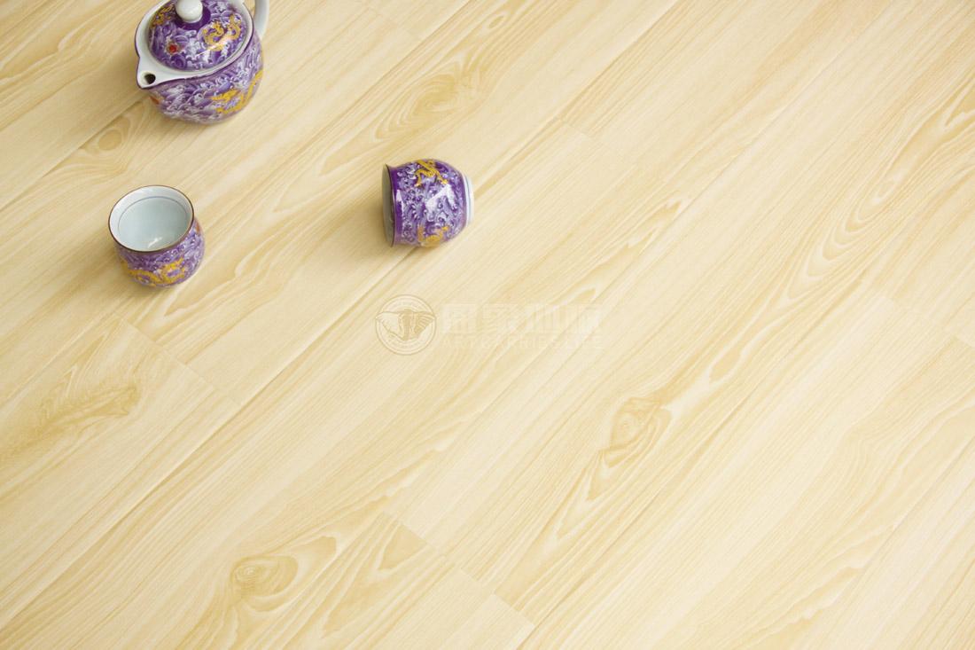 木地板加盟的费用是多少